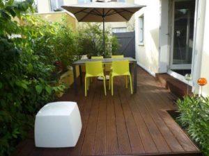 Aménager une terrasse contemporaine > Pépinières du Val d\'Erdre